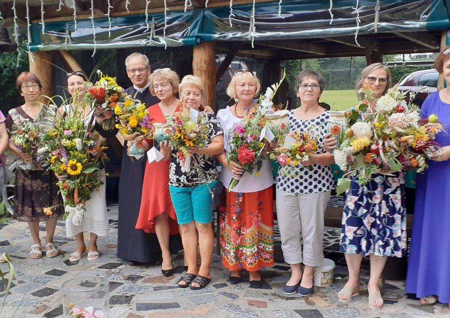 Kwiaty i zioła w Łodynie